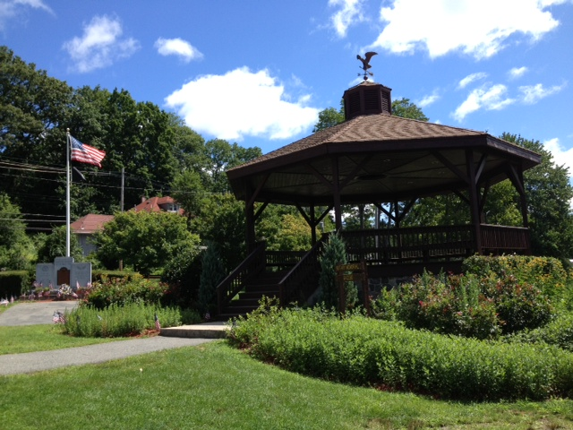 Picture of Park Lake Gazebo